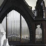 Wie eine Orgel spielt und was sie zum Klingen bringt